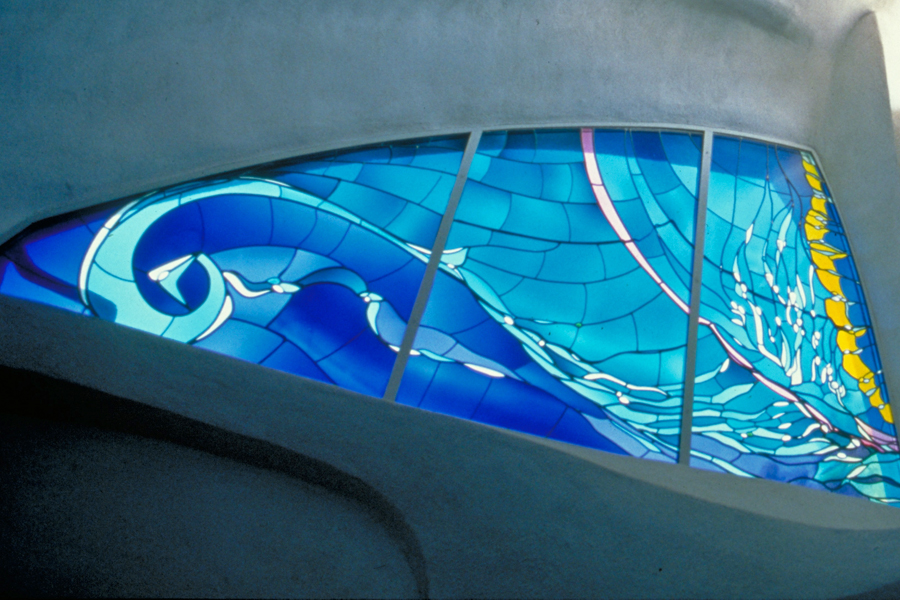 La Jolla Guest House. Stained glass by James Hubbell. Photo by Tom Lamb