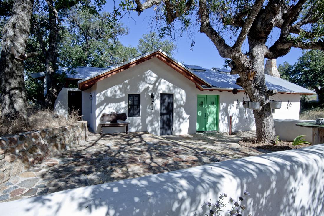 Front of La Fonda House. Photo by Lori Brooks.